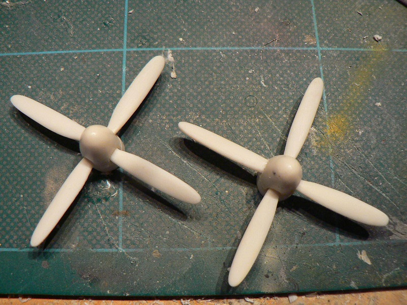 [ Russian project ] Antonov AN-26 Curl - 1/72 ° - Page 2 3411