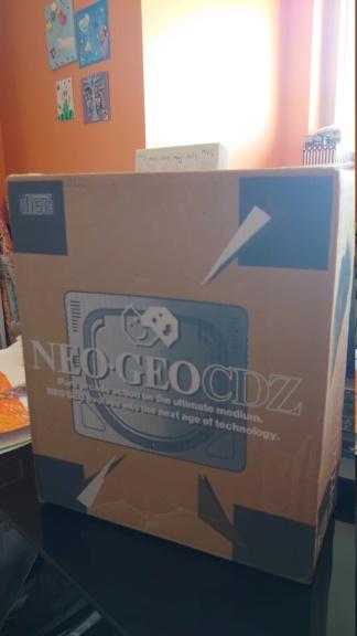 La plus belle et la plus laide boîte de console Dsc_0517