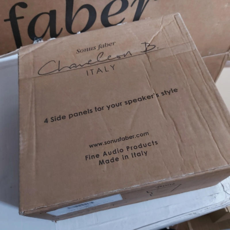 Sonus Faber Chameleon B Bookshelf Speaker Black SOLD Sfcham13