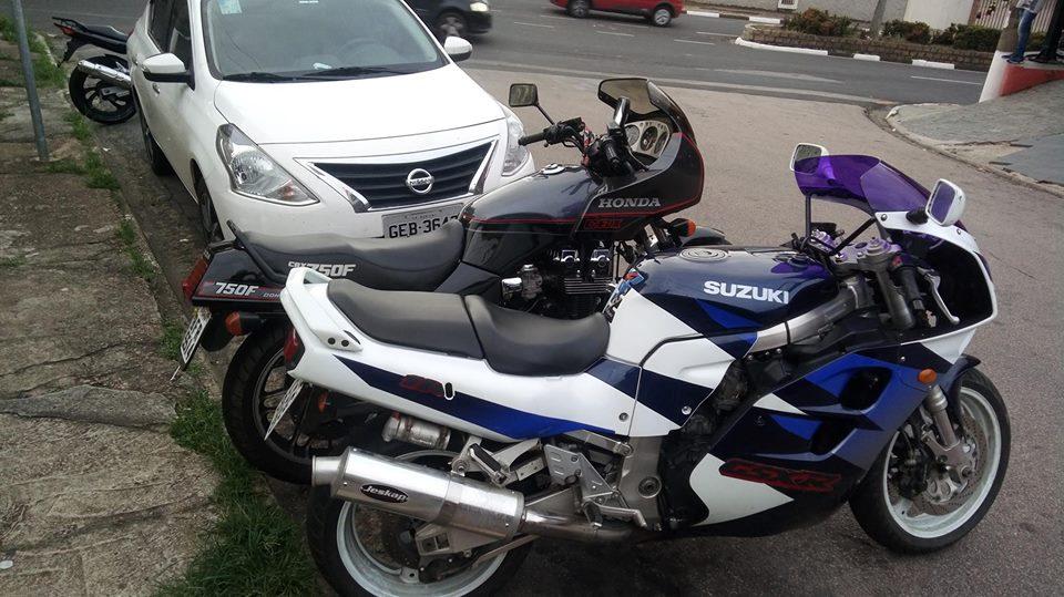 Minha Suzuki GSX-R 1100W 98-99 44109311