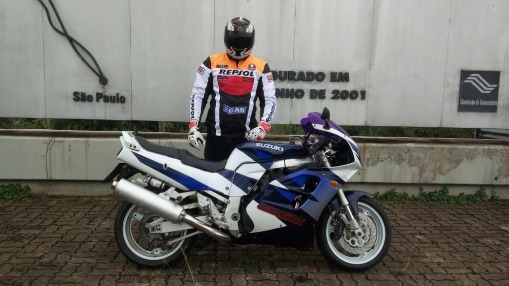 Minha Suzuki GSX-R 1100W 98-99 79e73211