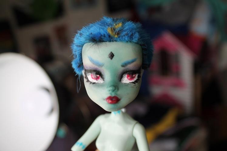 [Monster High] Mes repaints ! Franki11