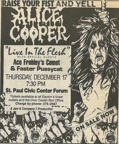 1987.12.17 - Roy Wilkins Auditorium, St. Paul, USA 1987-110