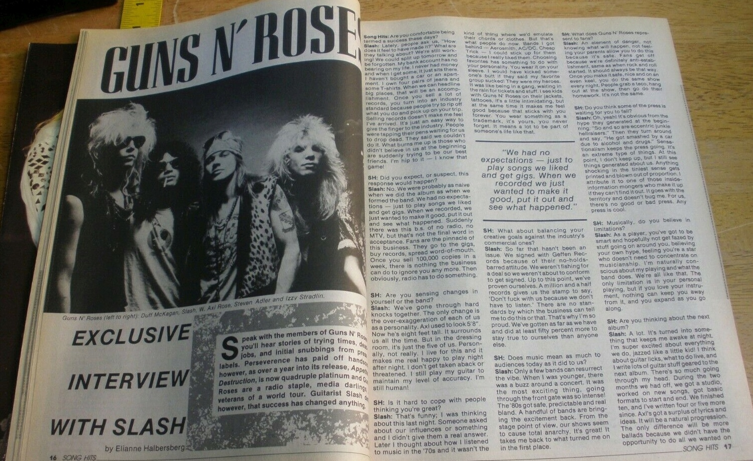1989.02.DD - Song Hits - Interview with Slash 1989_032