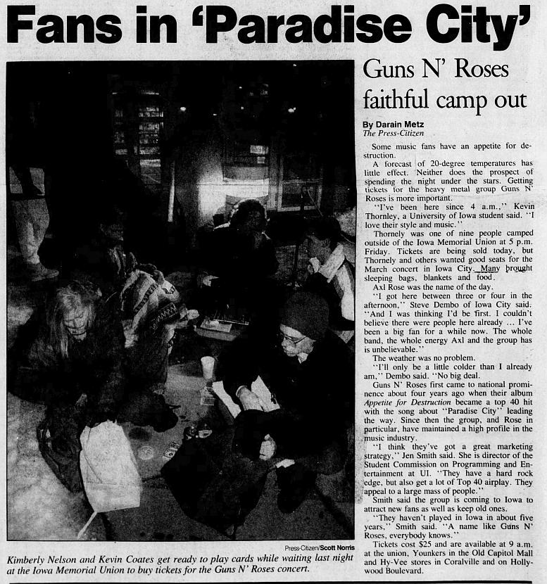1993.03.20 - Carver-Hawkeye Arena, Iowa City, USA 1992_115