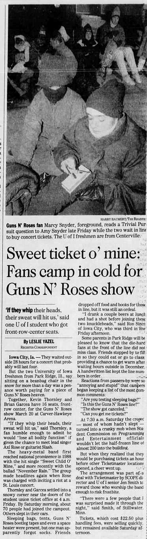 1993.03.20 - Carver-Hawkeye Arena, Iowa City, USA 1992_116