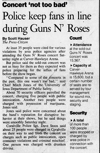 1993.03.20 - Carver-Hawkeye Arena, Iowa City, USA 1993_024
