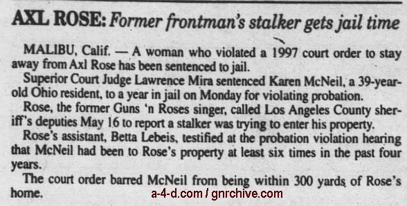 2000.06.20 - AP/Santa Cruz Sentinel - Rocker's Stalker Jailed 2000_044