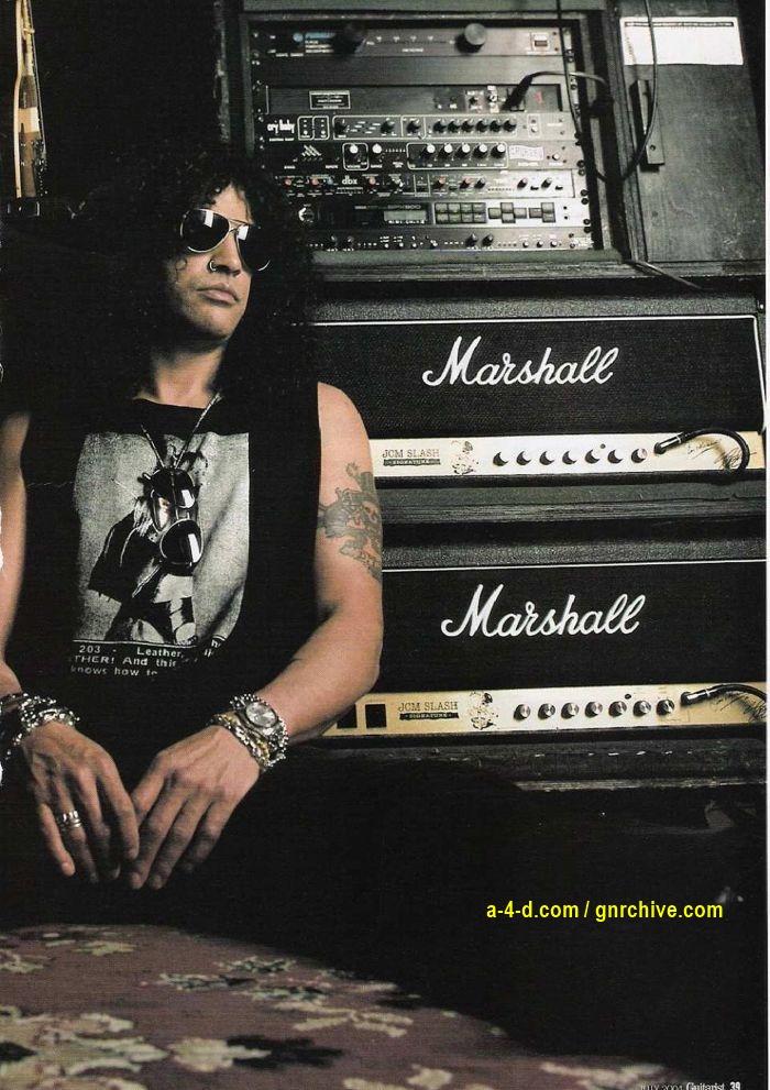 2004.07.DD - Guitarist Magazine - Top Gun (Slash, Duff) 2004-027