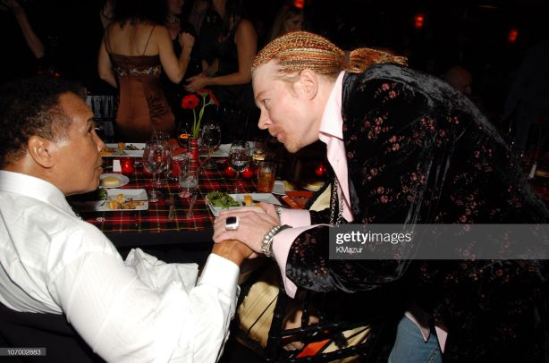 2006.11.13 - People Magazine - Michael J. Fox Rocks with Sheryl Crow, Axl Rose at Fundraiser 2006_124