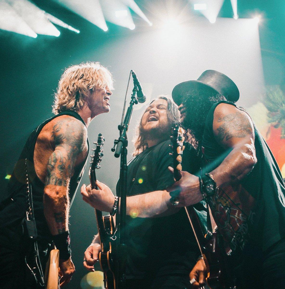 2021.10.02 - Hard Rock Live Arena, Hollywood, FL, USA Faynzg10