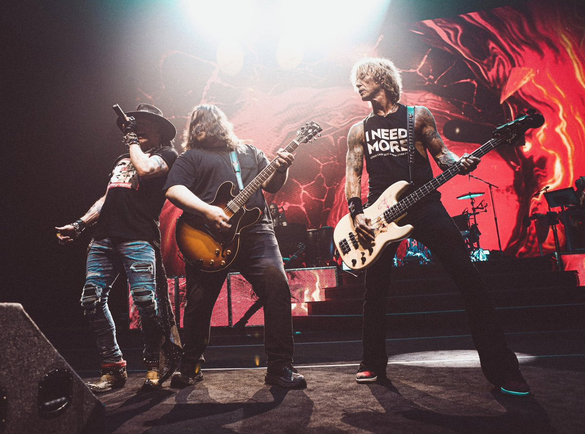 2021.10.02 - Hard Rock Live Arena, Hollywood, FL, USA Faynzg11