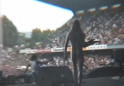 1993.06.16 - Fussballstadion St. Jakob, Basel, Switzerland Shanno10