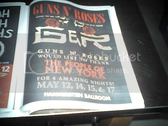 2006.05.17 - Hammerstein Ballroom, New York, USA Villag10