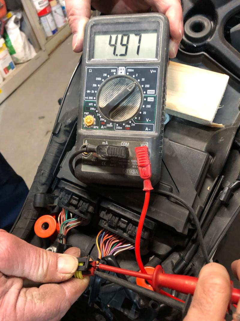 Probleme jauge a essence 1290 R 15547110