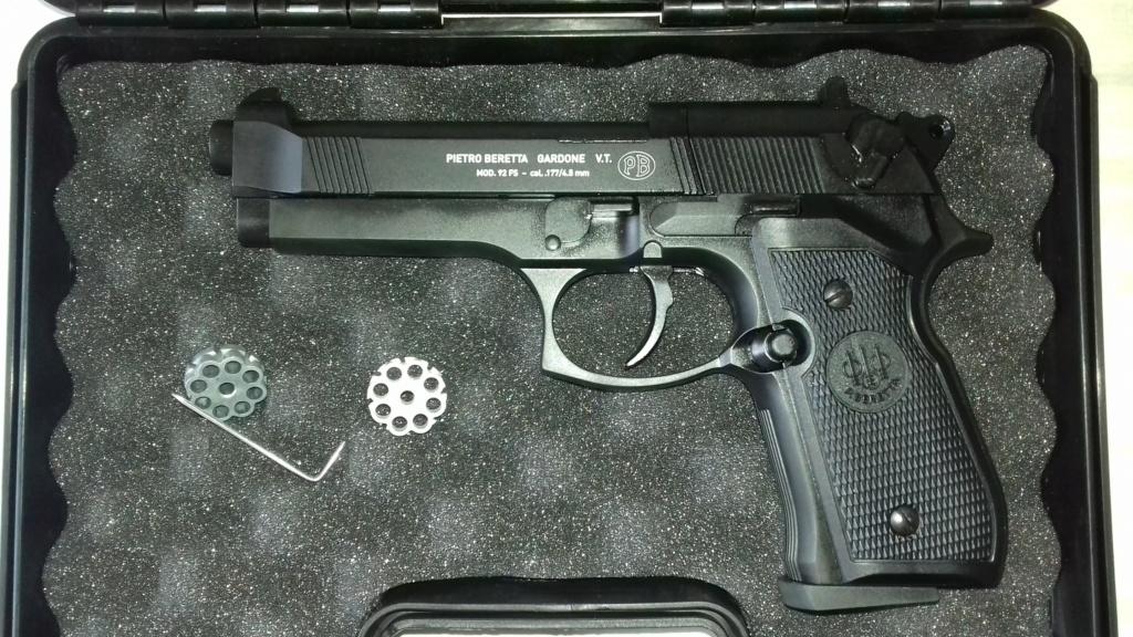 Ma nouvelle réplique Beretta M92 FS + questions entretien Berett10