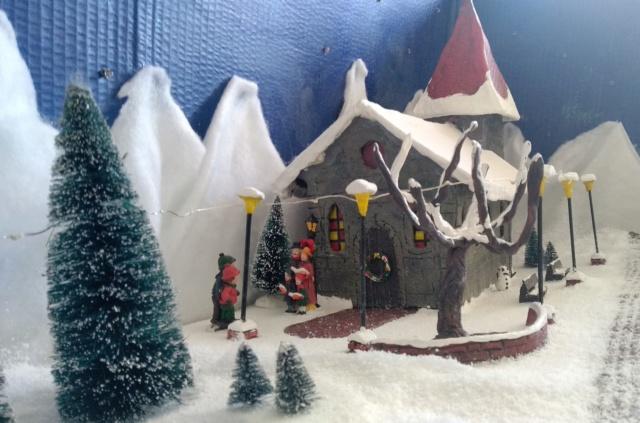 Notre village de Noël 2019 - fait main  Img_2064