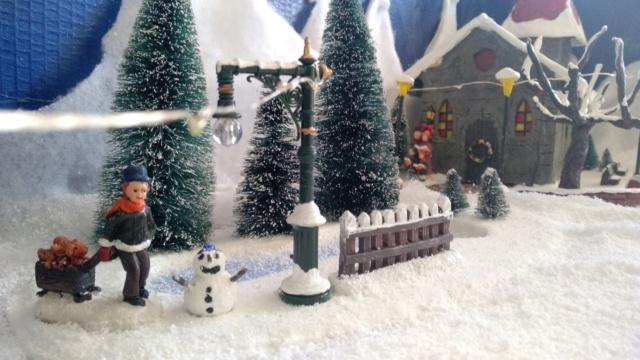 Notre village de Noël 2019 - fait main  Img_2077