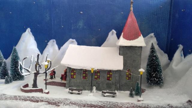 Notre village de Noël 2019 - fait main  Img_2082