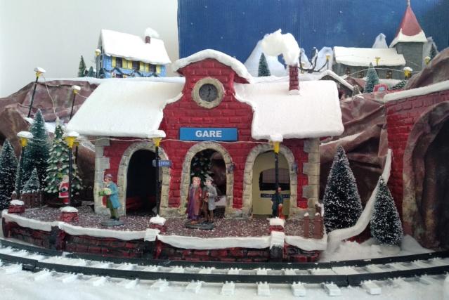 Notre village de Noël 2019 - fait main  Img_2083