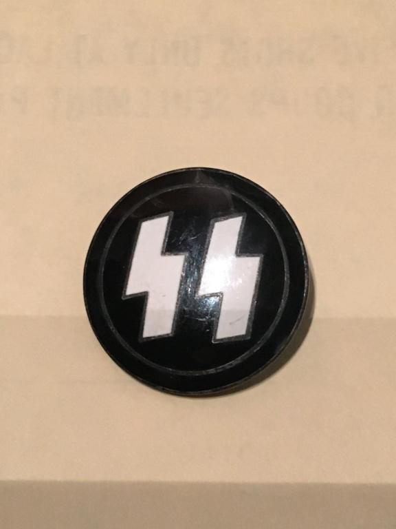 Pin membre Waffen SS  Img_3510