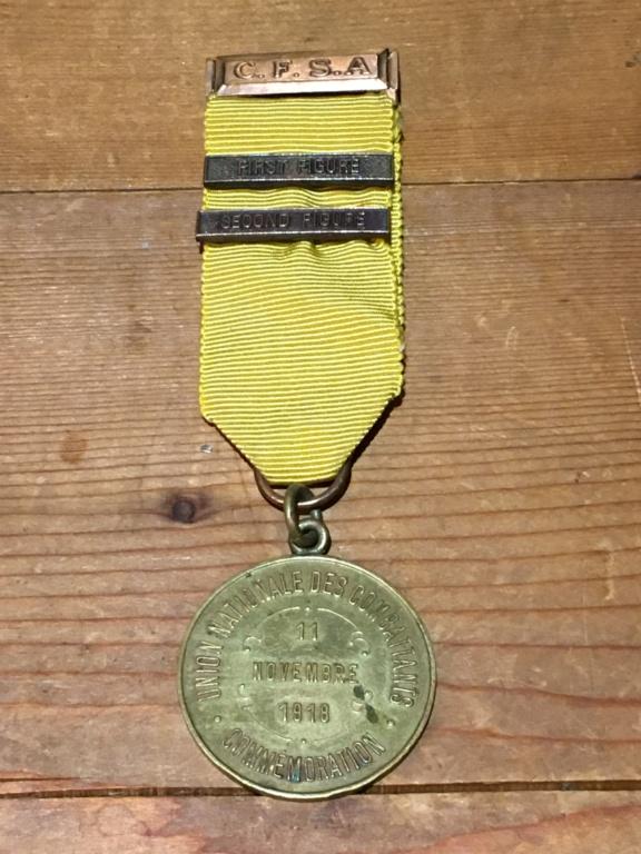 Medaille Al Valore et médaille UNC Rossi ??? Img_5014