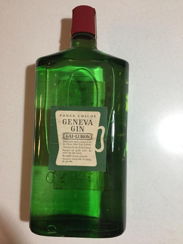 Bouteille intacte et pleine de Gin gai-luron 1962  Img_3521