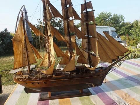 Qu'il est beau mon bateau Dscf2411