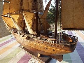 Qu'il est beau mon bateau Dscf2413