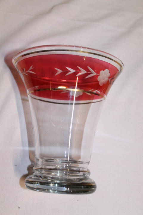 vase coupe à identifier Vase_a11