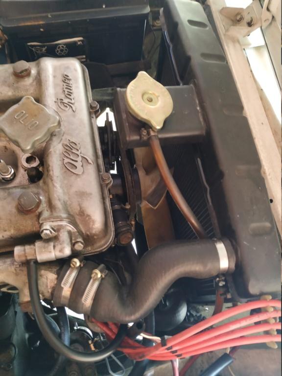 Démontage Pompe à eau et Radiateur de la mauvaise voiture Img_2012