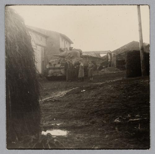 Taille et position des marquages d'un Sherman de la 2ème DB  Chemin12