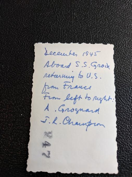 précisions sur un sherman - Page 2 Grogna12