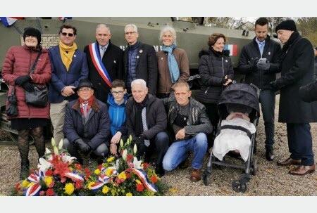 le char MORT HOMME - Page 2 La-com10