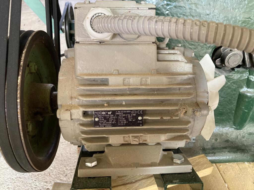 restauration anciennes machines bois Guillet & Fils - Page 9 Img_3110
