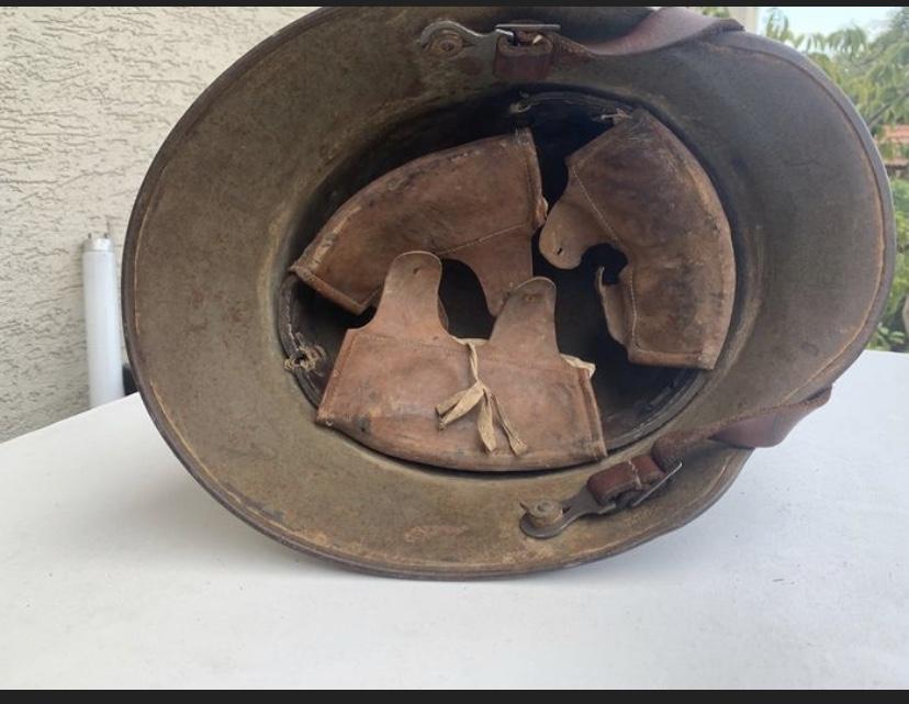 Encore un casque Stahlhelm 086a0110