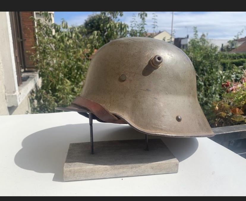 Encore un casque Stahlhelm 48f4df10