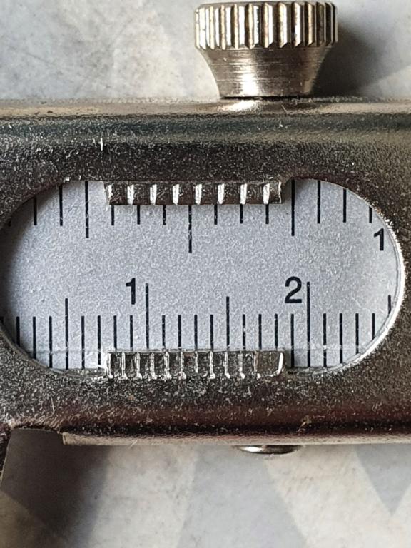 Identification revolver belge et poinçons  20210632