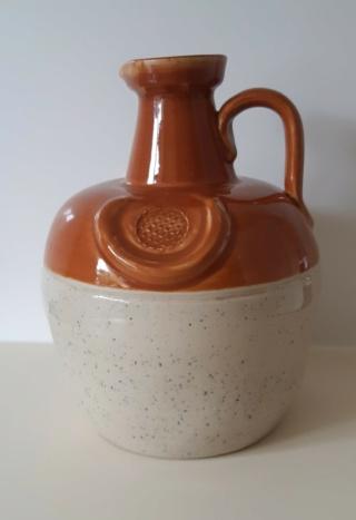 stoneware pot ident 20210718