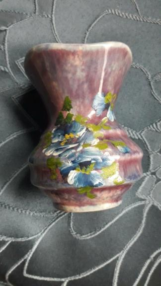 Crown Lynn vase - Shape 64 20210311