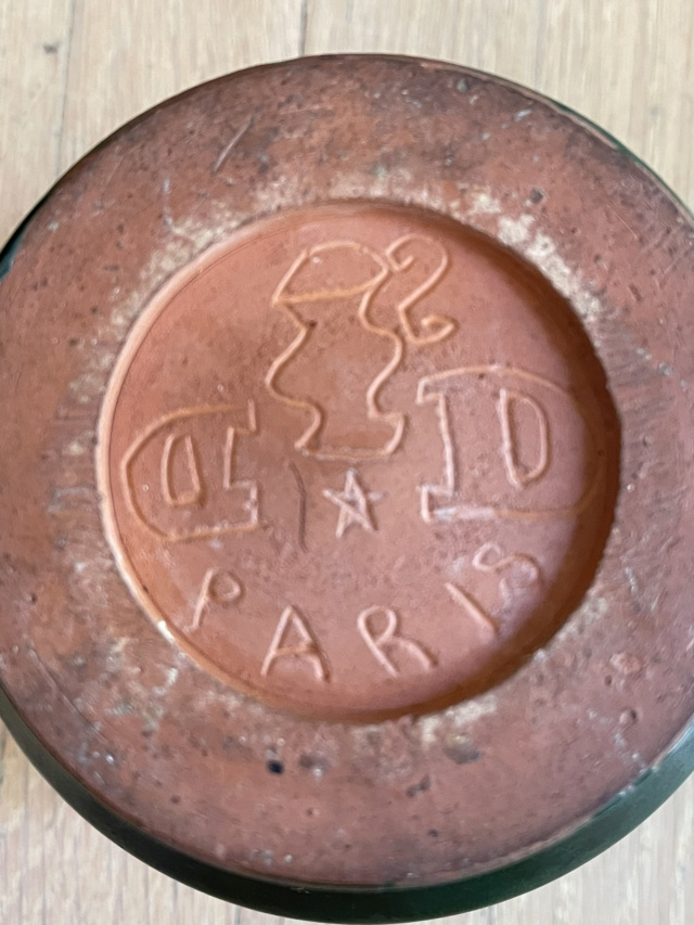 French Pottery Art Deco?  Hand signed  D (backwards) and D pottery Paris Ffa55c10