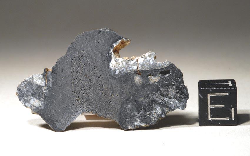 est-ce une météorite ? Nwa50310