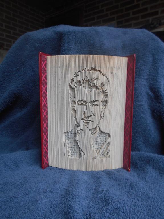Pliage de livres - Page 5 Dscn0920
