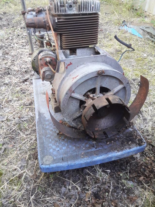 TRACTEUR - tracteur reymond simplex 602 de 1948 (?) moteur briban 20190715