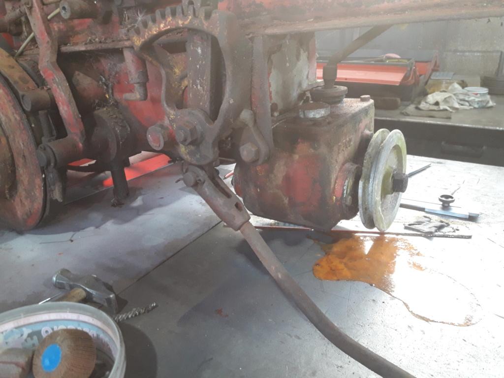 TRACTEUR - tracteur reymond simplex 602 de 1948 (?) moteur briban 20191023