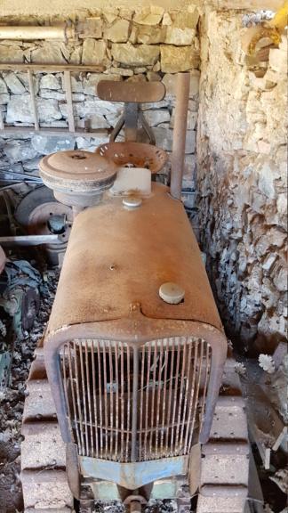 Bernard - ( Vendu ) Chenillard moteur Bernard BT 14 20200611