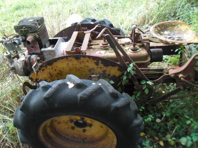 TRACTEUR - tracteur reymond simplex 602 de 1948 (?) moteur briban Sam_2410