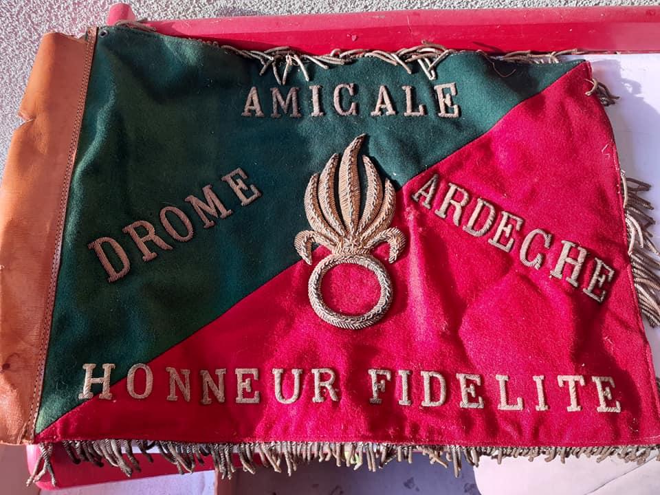 Fanion des anciens Légionnaires DROME et ARDECHE 10166111