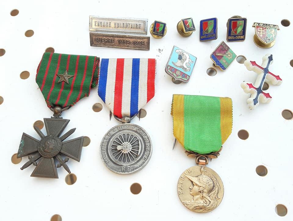 Médailles insignes et de la bonne propagande 39875510