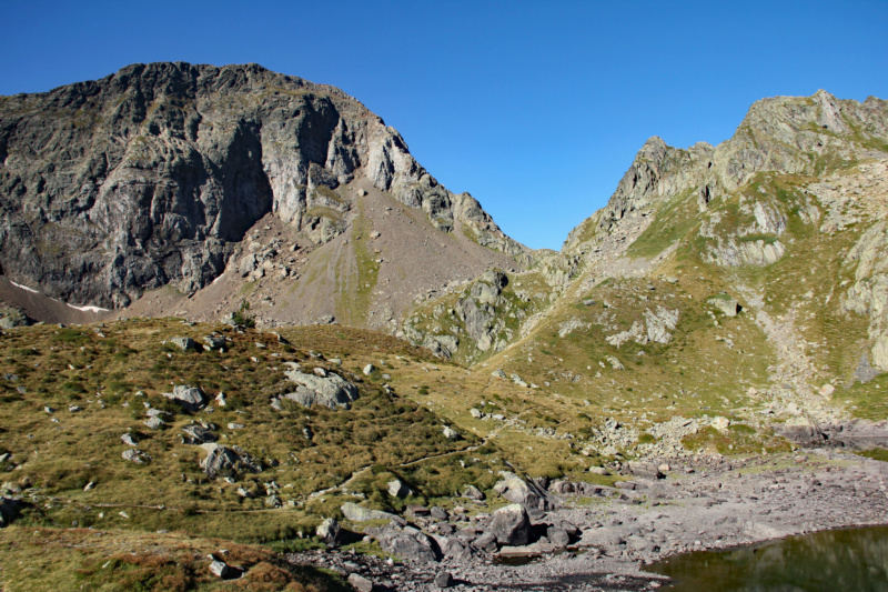 La petite montagne... Img_1616